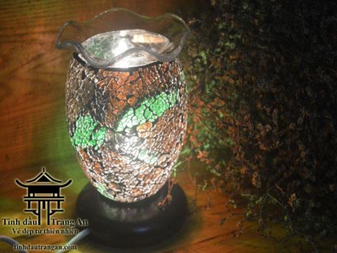 Đèn xông tinh dầu pha lê PN3 tặng 10ml tinh dầu